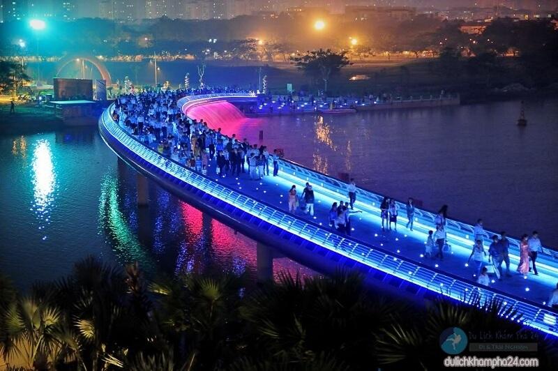 Cầu Ánh Sao - địa điểm chụp hình sống ảo nổi tiếng quận 7