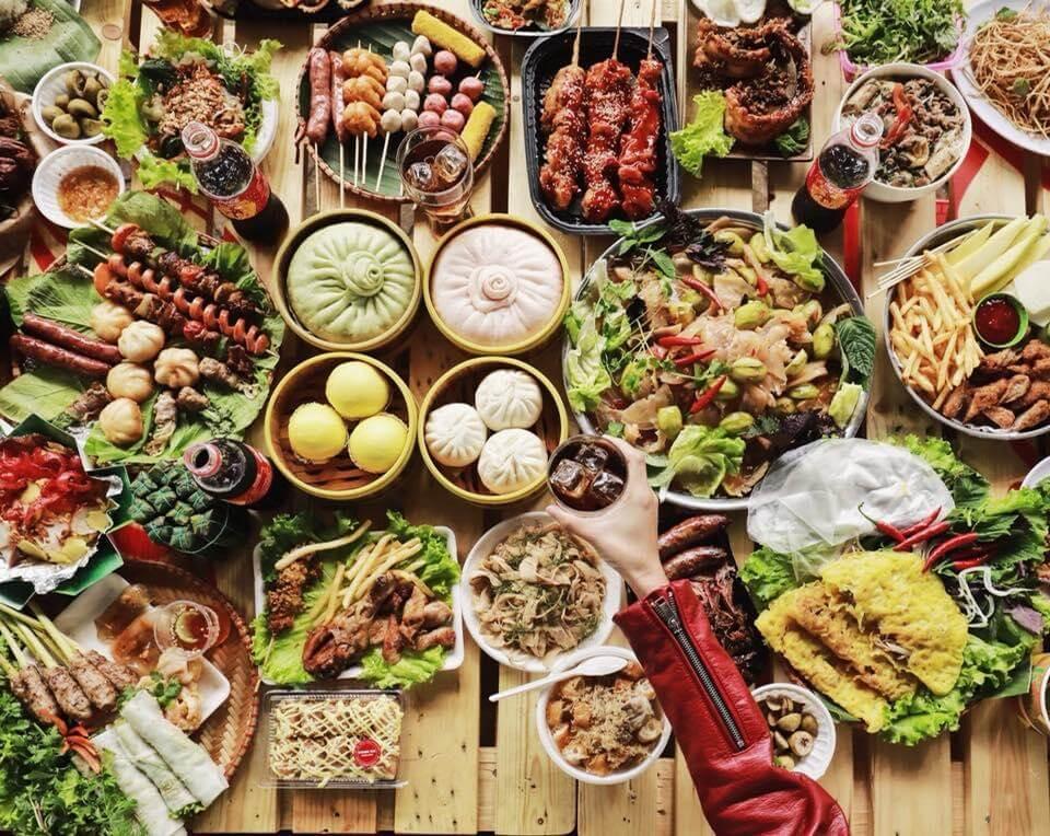 Chụp hình với những ẩm thực cũng là một trong những bức hình sống ảo đẹp